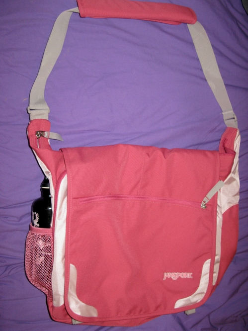 Got this new bag for the trip. It is a bit pink for my liking but has tons of compartments which is very important to me. It's called Elephunk